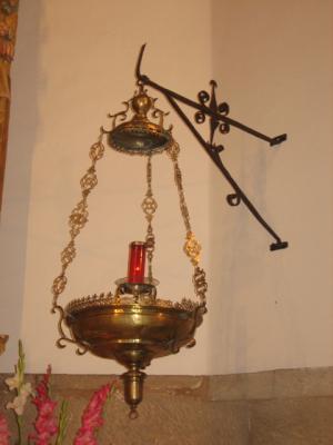 Lampara de bronce del XVII para alumbrar al Santísimo